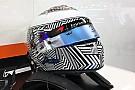 F1 Alonso luce un diseño provisional de casco en los test de pretemporada