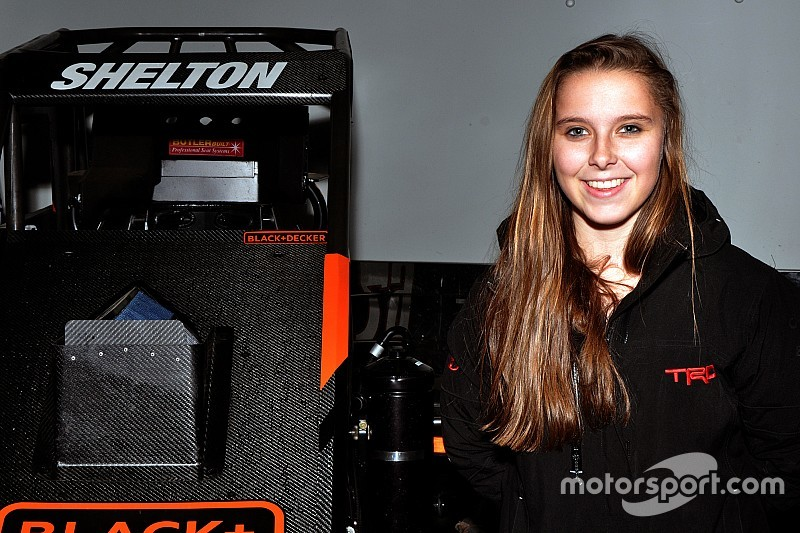 Chili Bowl Rookie Holly Shelton Is Quickly Scaling The
