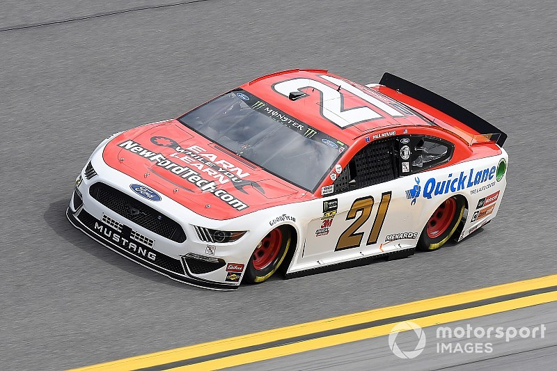 Paul Menard, Kyle Busch on front row for the Daytona Clash