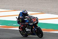 Bezzecchi vence en Moto2 y Bastianini es el nuevo líder