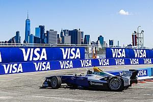 Formula E I più cliccati Fotogallery: le suggestive immagini dell'ePrix di New York 2017