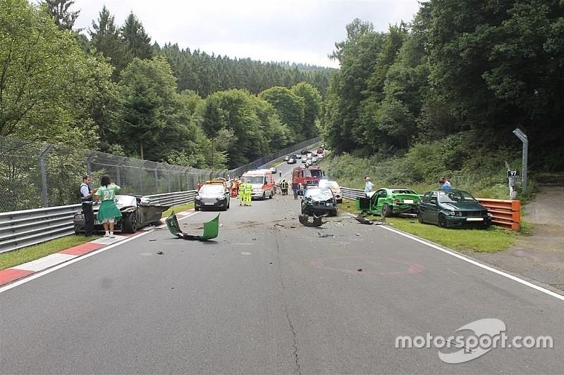 10 Orang cedera akibat kecelakaan beruntun di Nordschleife