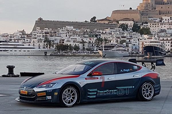 Dit is de raceversie van de Tesla Model S