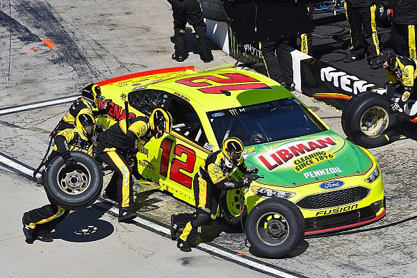 Four NASCAR Cup teams fined for Martinsville lug nut issues