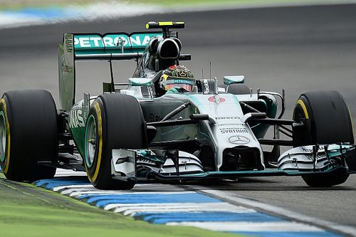 Mercedes сбрасывала скорость и старалась казаться слабее, чтобы обмануть FIA