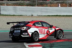 Tassi Attila a WTCR-ben versenyez tovább az ex-F1-es Monteiro csapattársaként