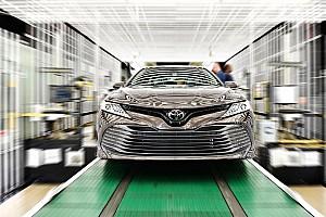 Toyota скоротить виробництво Camry через бум продажу кросоверів