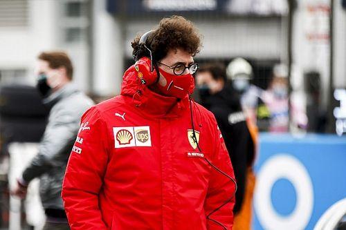 """Binotto responde a Vettel: """"Tal vez esperas más del segundo piloto"""""""