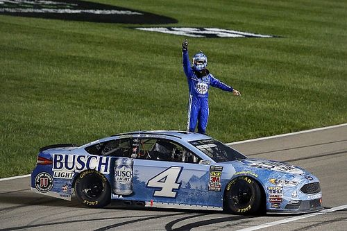 "Kevin Harvick says 2018 season ""feels like a game"""