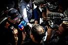 Формула 1 Журналисты заставили Ферстаппена отвечать на неудобные вопросы