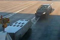Videó: Csodával határos, hogy ezt a balesetet túlélte lengyel sofőr