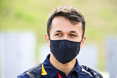 Albon avoids media speculation on his Red Bull F1 future