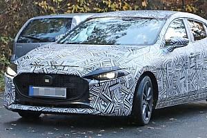 Нову Mazda3 «засвітили» на дорогах до офіційної прем'єри