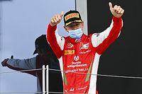 Chefe da Ferrari fala sobre possível promoção de Mick Schumacher à F1