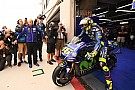 MotoGP Rossi even in top-tien bij natte eerste training Aragon, P1 Marquez
