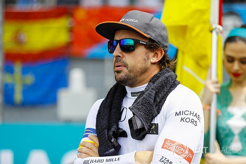 Renault, 2018'de Alonso ile işbirliği yapmak istiyor