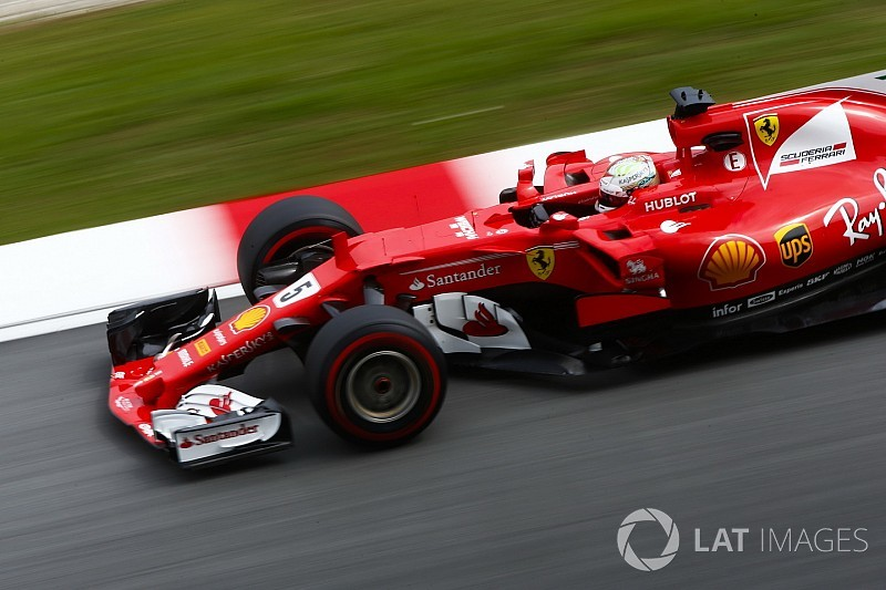 A Ferrari megerősítette, hogy Vettel motorhiba miatt állt meg az időmérőn
