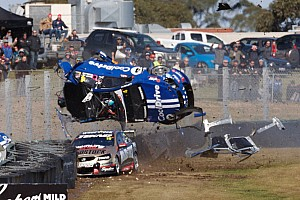 Terribile incidente alla Sandown 500: ecco il video