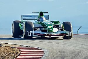 L'ancienne Jaguar F1 de Mark Webber à l'assaut du chrono