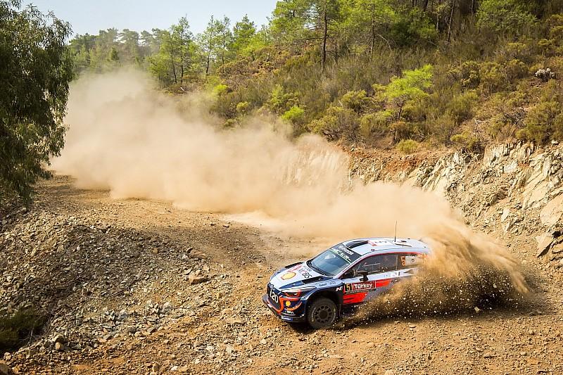 WRC Türkiye 7. etap: Neuville liderliği aldı, Ogier 0.3 saniye gerisinde!