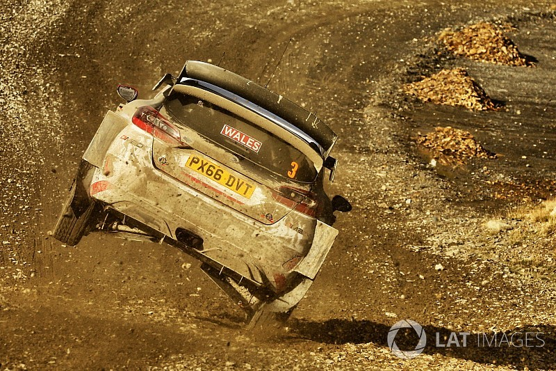 WRC Wales: Elfyn Evans enteilt dem Feld