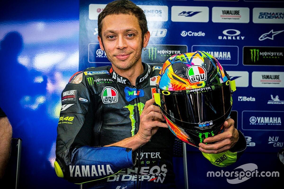 GALERIA: Rossi estreia capacete pintado à mão para teste na Malásia