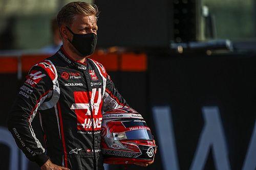 Édesapjával egy csapatban indul a korábbi F1-es pilóta a Le Mans-i 24 óráson