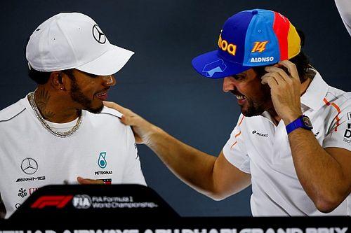 """Hamilton: """"Alonso, F1'e dönüşünde çok formda olacak"""""""
