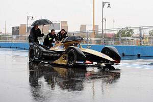 Formule E-race Saudi-Arabië geteisterd door regen