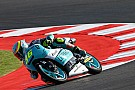 Moto3 VIDEO: Joan Mir evita caer de la moto espectacularmente