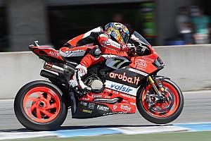 Superbike-WM News WorldSBK 2018: Bleibt Ducati mit Panigale V4 der Einarmschwinge treu?