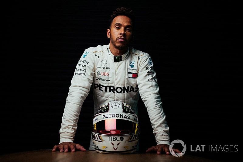 Hamilton: a Ferrari levadászása maga a wow-faktor