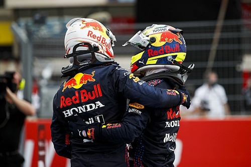 Rosberg: Red Bull begint dominante kracht te worden in F1