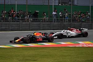 """Ricciardo over pechreeks: """"Ze geven me uppercuts in 2018"""""""