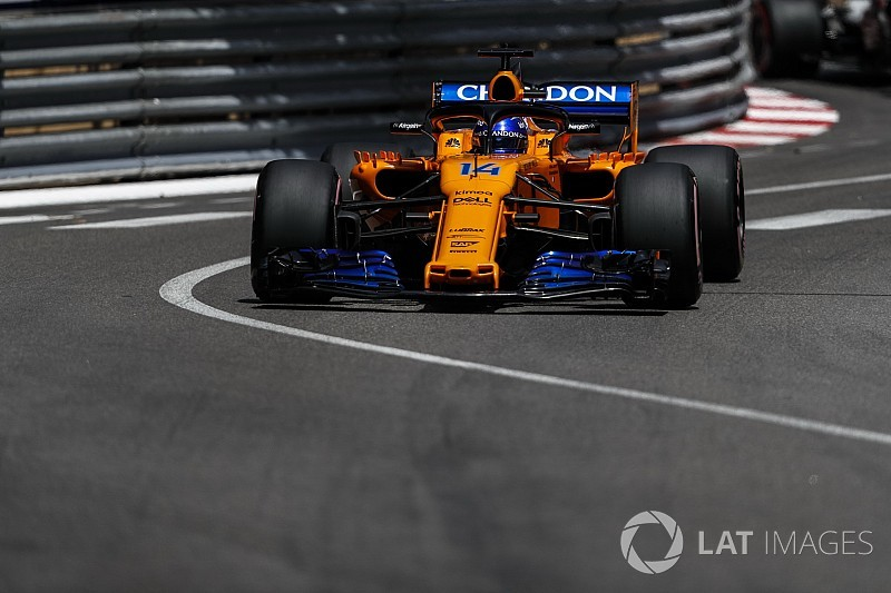 """Alonso says car set-up was like """"tossing a coin"""""""