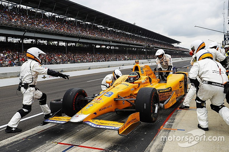Andretti cree que se agota el tiempo para que Alonso emigre a Indy