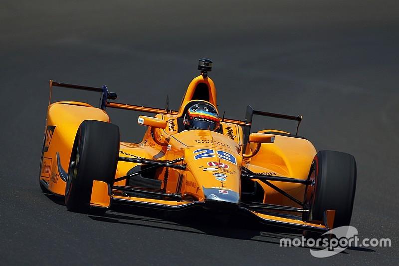 Alonso dentro de los 20 mejores en la primera práctica de Indy 500