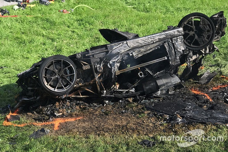 Richard Hammond, transportado en helicóptero después de un accidente