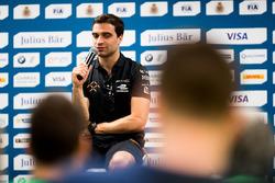 Conferencia:  Jérôme d'Ambrosio, Dragon Racing