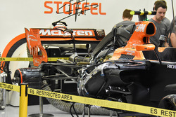McLaren MCL32 rear detail