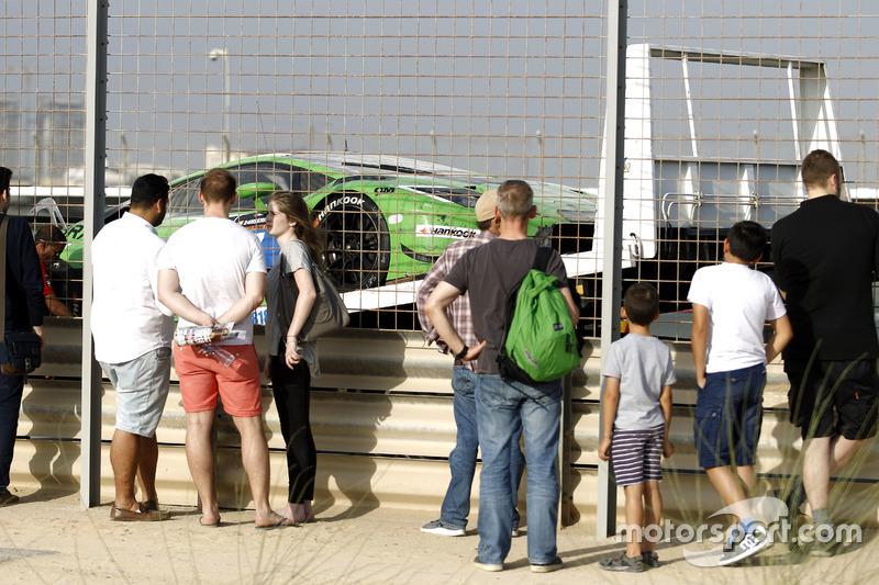 #7 HB Racing Lamborghini Huracan GT3: Herbert Handlos, Norbert Siedler, Sam Tordoff, Florian Spengler after the fire