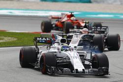 Felipe Massa, Williams FW40, Kevin Magnussen, Haas F1 Team VF-17, Sebastian Vettel, Ferrari SF70H