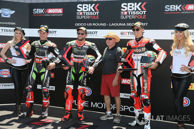 Polesitter Tom Sykes, Kawasaki Racing, second place Jonathan Rea, Kawasaki Racing, third place Chaz Davies, Ducati Team, Kenny Roberts