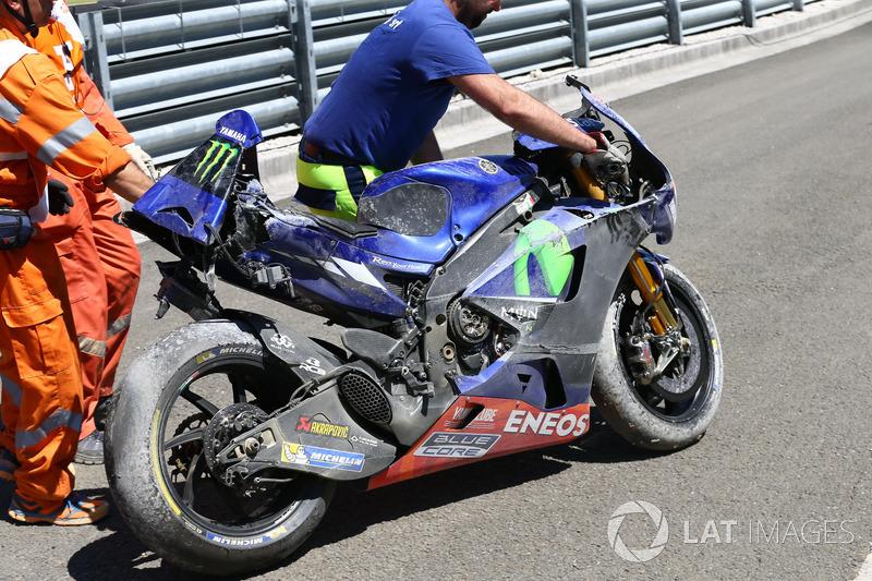 Bike von Maverick Viñales, Yamaha Factory Racing nach Crash