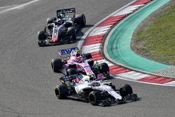Sergey Sirotkin, Williams FW41, Esteban Ocon, Force India VJM11 and Romain Grosjean, Haas F1 Team VF-18