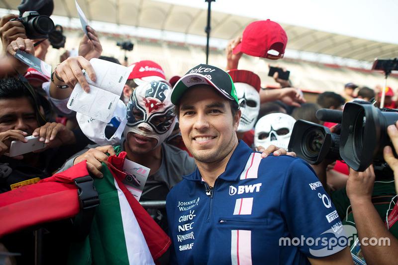 Sergio Pérez, Sahara Force India F1 con fans