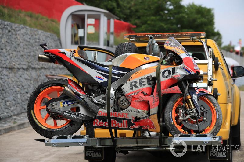 Motor Marc Marquez, Repsol Honda Team, pascakecelakaan