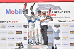 #67 Chip Ganassi Racing Ford GT, GTLM: Ryan Briscoe, Richard Westbrook, festeggiano la vittoria sul podio