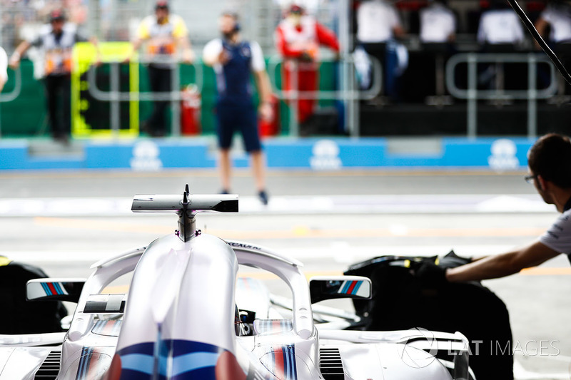 Lance Stroll, Williams FW41 si prepara a lasciare il box