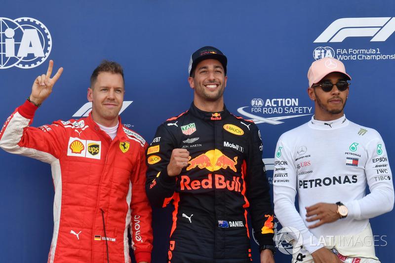 Sebastian Vettel, Ferrari, Ganador de la pole Daniel Ricciardo, Red Bull Racing y Lewis Hamilton, Mercedes-AMG F1